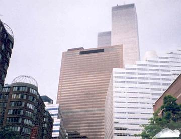 NY茶色のビル.jpg