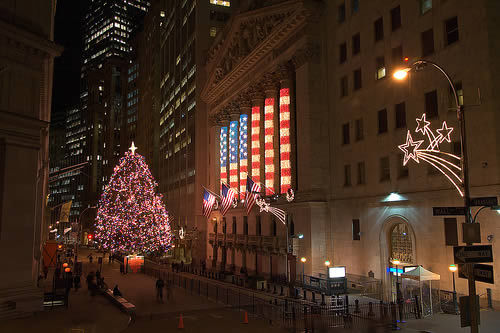 wall_street_christmas_tree[1].jpg